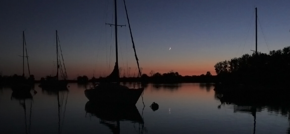 Evening on a mooring ball by Toronto Outer Harbour - Artful Productions - the Slow TV / Slow Film store